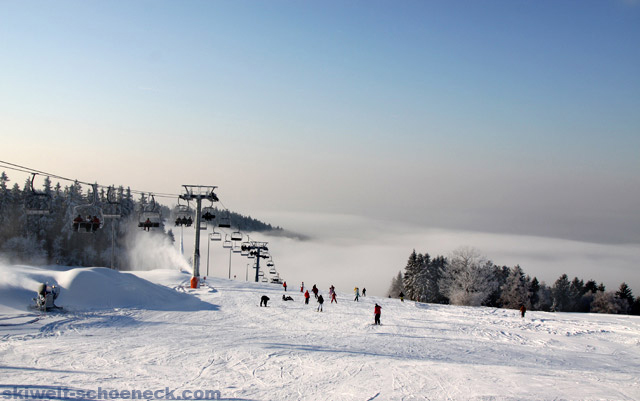 http://www.skiwelt-schoeneck.de//templates/skiwelt/images/Galeria/03.jpg