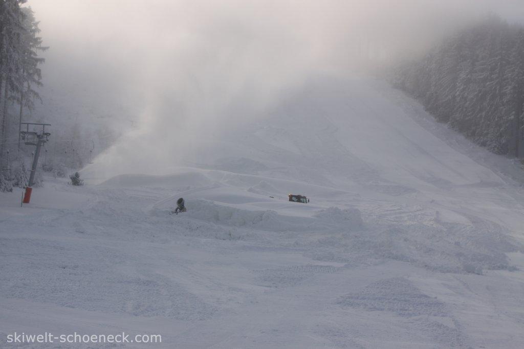 http://www.skiwelt-schoeneck.de//templates/skiwelt/images/Galeria/File005.JPG