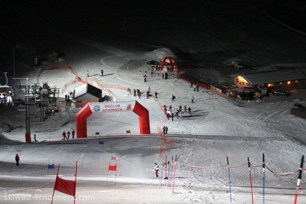http://www.skiwelt-schoeneck.de//templates/skiwelt/images/Galeria/File052.JPG