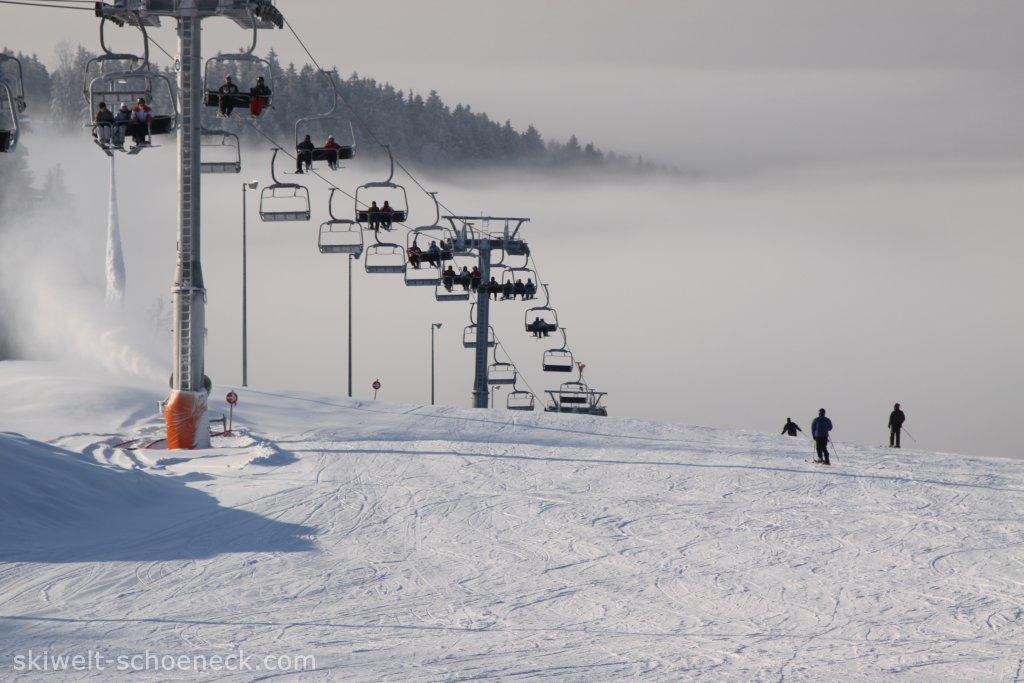 http://www.skiwelt-schoeneck.de//templates/skiwelt/images/Galeria/IMG0352.JPG