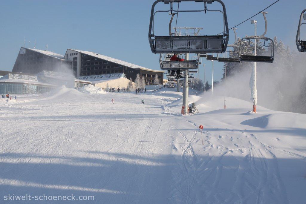 http://www.skiwelt-schoeneck.de//templates/skiwelt/images/Galeria/IMG0360.JPG