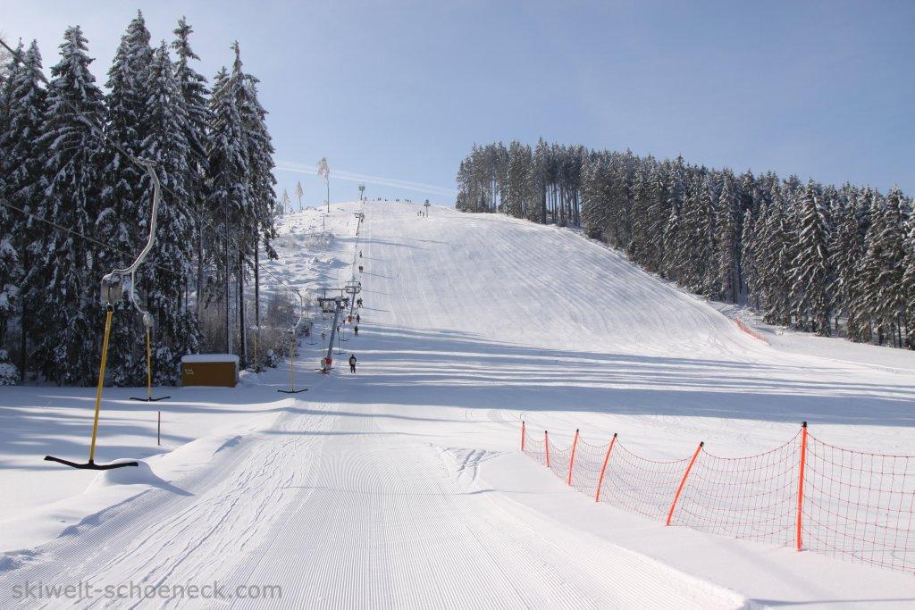 http://www.skiwelt-schoeneck.de//templates/skiwelt/images/Galeria/img1555.jpg